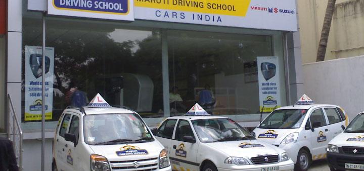 Obligé d'être formé dans une auto-école.