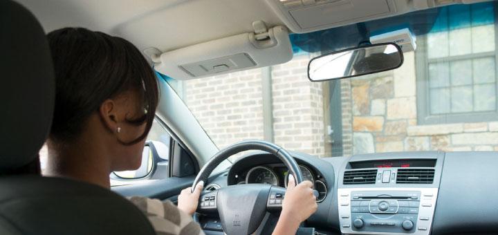 Conduire dès 15 ans, c'est bientôt possible.