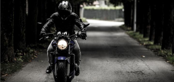 À moto, 23 plus de risques d'être tué ans un accident de la route